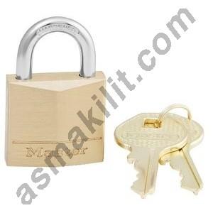 http://asmakilit.com/89-169-thickbox/masterlock-princ-asma-kilit-30-mm.jpg